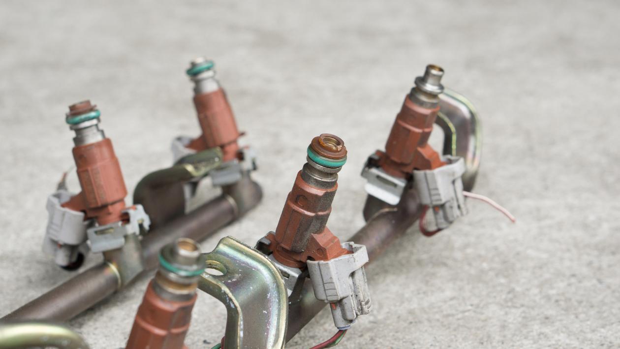 car's fuel injectors